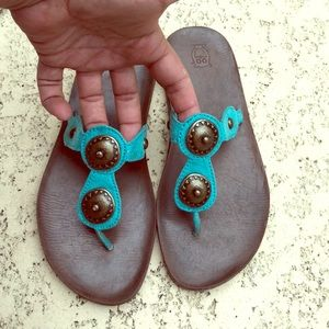 Adorable Mossimo Sandals